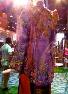 Alice Through the Looking Glass Mandarin costume back detail