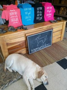 southerndoe at Friedman's of Franklin and Butterbean #tennessee #franklin #southerndoe #southernshirt #tshirt #tailgate #cowboyboots