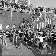 Hoola Hoopas on Brighton seafront c1958, Brighton, UK.