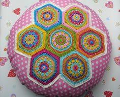 Lieblingskissen mit Hexagon CRYSTAL