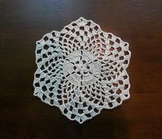 Crochet Beautiful Mini Doily - Pineapples Pattern - Part 1