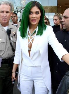 Kylie Jenner - 'Lip Kit by Kylie Jenner' Launch at DASH in Los Angeles, November 2015 Kylie Jenner Snapchat, Kylie Jenner Lip Kit, Kylie Jenner Style, Kylie Jenner Website, High Fashion, Product Launch, Street Style, Blazer, Celebrities