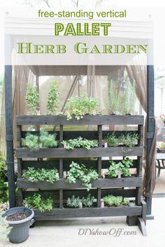 19+ Wonderful DIY Garden Planters from Pallets