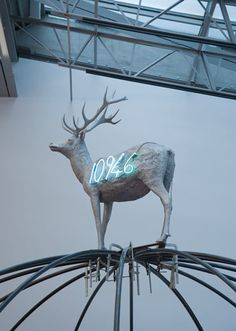Gladstone Gallery specializes in modern and contemporary art with locations in New York and Brussels. Robert Morris, Giuseppe Penone, Modern Art, Contemporary Art, Neo Dada, Lights Artist, Louise Bourgeois, Italian Art, Installation Art