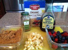 Oatmeal Breakfast //LaurenHuber.com August Newsletter #healthy #breakfast #oatmeal