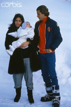 1986 Christina Onassis and Family on Winter Vacation