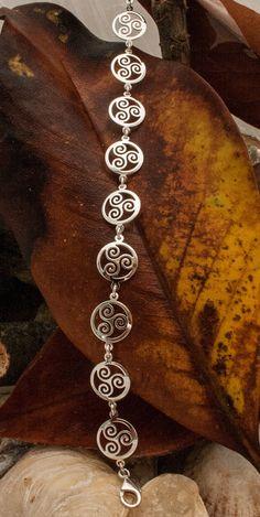 Sterling Silver Triskelion Triskele Bracelet by KalismaBijoux Viking Designs, Celtic Designs, 925 Silver, Silver Jewelry, Sterling Silver, Jewelry Accessories, Women Jewelry, Unique Jewelry, Runic Alphabet