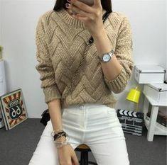 Un pull simple et beau au tricot : je vous propose ce pull parfait pour le froid qui arrive, il a un air de pull irlandais