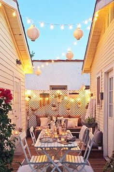 Petite Patio - 25 Patios We Could Live In - Photos