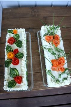 Voileipäkakut Tea Party Sandwiches, Appetizer Sandwiches, Curry D'aubergine, Sandwich Torte, Fruit And Vegetable Carving, Food Carving, Salty Foods, Food Garnishes, Food Decoration