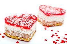 Romantic mini cakes #hearts #red #minicakes #vm