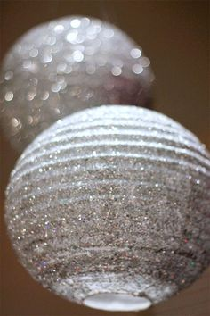 How to make fabulous DIY glitter lanterns for your New Year's Eve Party, Wedding, Birthday, etc. Decoration Disco, Glitter Decorations, Diy Masquerade Decorations, Jasmin Party, How To Make Glitter, Do It Yourself Baby, Disco Party, Disco Ball, Nye Party