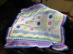 Babydecke+Krabbeldecke+Kuscheldecke+90+x+85+cm+von+Crochet+Love+auf+DaWanda.com