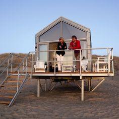 Overnachten in een luxe huis op het strand met zicht op zee
