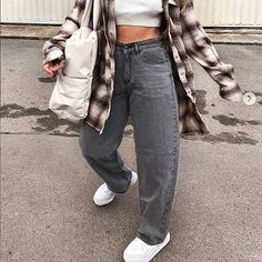 Soft Grunge Outfits, Indie Outfits, Teen Fashion Outfits, Swaggy Outfits, Cute Casual Outfits, Fall Tomboy Outfits, Simple Edgy Outfits, Edgy School Outfits, Bohemian Fall Outfits