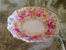 royal albert serena in China and Pottery Meat Dish, Royal Albert, Dinner Table, Decorative Plates, Pottery, China, Candy, Table Decorations, Tableware