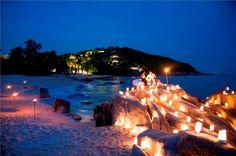"""Dieses Foto haben wir im Duden unter """"romantisch"""" gefunden.  Hotel Akaryn Samui http://www.lastminute.de/reisen/896-97864-hotel-akaryn-samui-choeng-mon-beach/?lmextid=a1618_180_e30"""
