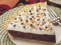 No time to bake? Try our Easy Chocolate Coconut Cream Pie! Köstliche Desserts, Delicious Desserts, Dessert Recipes, Chocolate Delight, Chocolate Chocolate, Chocolate Treats, Hershey Recipes, Love Eat, Creative Cakes