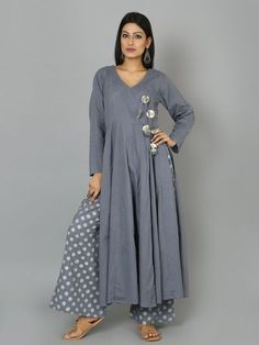 """Size Chart (in inches) - These are Garment measurements Length of the Anarkali is 50"""". XS - Chest : 33.5, Waist : 28, Hip : 36, Shoulder : 14, Armhole : 17 S -"""