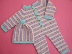 Crochet Crosia Baby Romper/Dungarees Free Pattern with Video Tutorial by Crochetcrosiahome