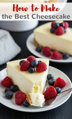 Learn how to make the best cheesecake with this melt in your mouth recipe! #cheesecake #homemade #creamy #thebest via @introvertbaker