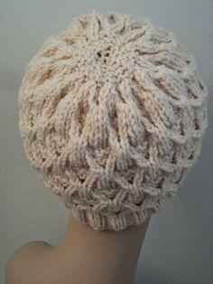 Knitting... Balls to the Walls Knits: Wickerwork Hat... free pattern.