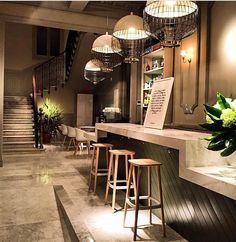 Magnolia suspension lamps @ El Imparcial restaurant | Utu Soulful Lighting – www.utulamps.com | Interior decoration design project | Madrid