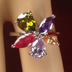 Estate 1.5 ct Peridot, Amethyst, Light Amethyst, Pink Tourmaline, Topaz Flower Ring |R1981 Olivine|We combine shipping|No Question Refunds|Bid $60 for free shipping. Starting at $1