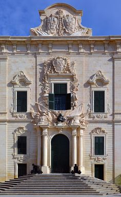 Auberge De Castille, Valletta, Malta ~ office of the Prime Minister of Malta ~ originally built in remodeled (almost rebuilt) Architecture Antique, Amazing Architecture, Classical Architecture, Capital Of Malta, Malta Gozo, Malta Island, Beautiful Islands, World Heritage Sites, Maltese
