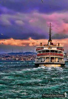 Istanbul Ferry (photo via Empire Ottoman, Nature Landscape, Ferry Boat, Hagia Sophia, Turkey Travel, Most Beautiful Cities, Go Kart, Antalya, Belle Photo