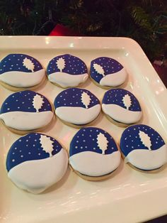 Snowy night sugar cookies  |Courtney's Confections |
