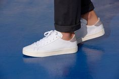 Just in time for the sunshine, adidas Originals have created a pristine white sneaker in celebration of the summer sport of tennis and the legacy of Australian champion Rod Laver. All White Shoes, Grey Heels, Minimalist Shoes, Minimalist Fashion, Adidas Shoes Women, Adidas Sneakers, Adidas Originals, The Originals, Court Shoes