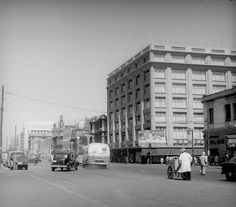 Almacenes Paris, Alameda con San Antonio 1952