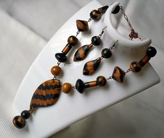 necklace and earrings by NattyMaty