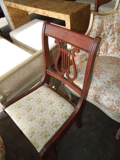 Set Of 4 Lyre Back Dining Chairs   One Captain/4 Armless