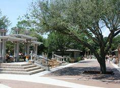 Best Retirement Communities in Every State - Beaufort Co. SC Population: 165,354Most Populous City: Hilton Head IslandRetirement Index: 98.40Care Score: 85.3Hous... - Wikipedia