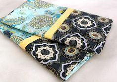 The Cottage Home: 15-Minute Pillowcase {with French Seams} ~ Tutorial