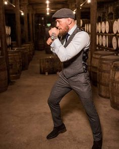 Conor Mcgregor the best Conor Mcgregor Suit, Mcgregor Suits, Notorious Conor Mcgregor, Connor Mcgregor, Boxe Mma, Formal Attire For Men, Mens Style Guide, Sharp Dressed Man, Gentleman Style
