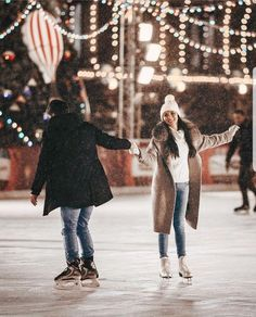 The Effective Pictures We Offer You About Skating Pictures winter A quality p Cute Couples Photos, Cute Couple Pictures, Cute Couples Goals, Romantic Couples, Couple Goals, Romantic Ideas, Couple Fun, Cute Couple Things, Beautiful Pictures