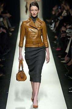 Céline Fall 2004 Ready-to-Wear Fashion Show - Audrey Marnay