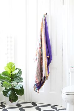 Turn Any Fabric Into a Triple Threat: DIY Blanket, Beach Towel & Wrap — Apartment Therapy Tutorials