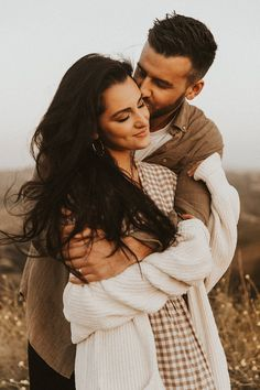 Photo Poses For Couples, Cute Couple Poses, Couple Picture Poses, Couple Photoshoot Poses, Engagement Photo Poses, Photo Couple, Couple Photography Poses, Cute Couple Pictures, Cute Couples Goals