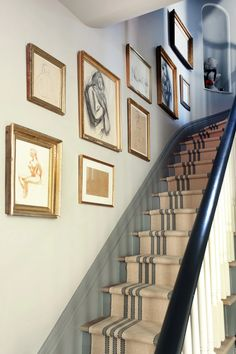 Staircase Wall Decoration Ideas Fresh Jenny Wolf S Cobble Hill townhouse Inspiration Wall, Interior Inspiration, Entrance Foyer, Entryway Decor, Basement Stairs, Foyer Decorating, Stairway Wall Decorating, Staircase Design, Stairways