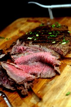 Spicy Asian Grilled Flank Steak http://parsleysagesweet.com/2013/01/07/spicy-asian-marinated-flank-steak-and-part-19/