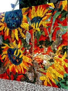 Trendy Ideas For Garden Rock Mosaic Stained Glass Mosaic Artwork, Mosaic Wall Art, Mosaic Tiles, Mosaic Mirrors, Fused Glass Art, Stained Glass Art, Mosaic Glass, Mosaic Crafts, Mosaic Projects