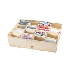 Rendszerezd a zoknikat, fehérneműket vagy sálakat az AVON Fiókrendezővel! 16 rekeszes, fiókba tehető ruharendszerező, krémszínű pöttyökkel.
