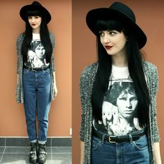 Librastyle Jim Tshirt, Topshop Mom Jeans - Riders On The Storm - Kayleigh B