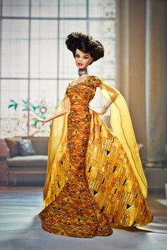 Klimt inspired Barbie gown- even though I hate Klimt Barbie Gowns, Barbie I, Barbie World, Woman In Gold, Guys And Dolls, Yellow Fashion, Barbie Collector, Barbie Friends, Vintage Barbie