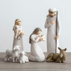 Awe and Wonder - Willow Tree Nativity Set Willow Tree Nativity Set, Willow Tree Figurines, Christmas Nativity Scene, Christmas Tree Themes, Christmas Art, Nativity Sets, Minimal Christmas, Christmas Greetings, Simple Christmas