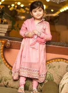 Little-Girls-Baby-Girls-Party-Wedding-Dress-Suit-Pakistani-Indian-2016-2017-Pink-Cute.jpg (400×543)